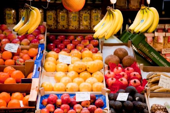 fruits_GkQoPE9d.jpg